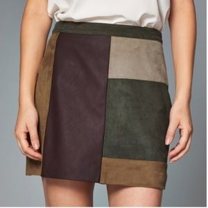 Abrrcrobmbie & Fitch Mini Skirt